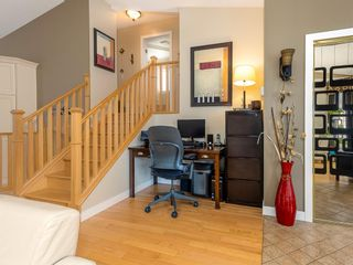 Photo 5: 101 Appleside Close SE in Calgary: Applewood Park Detached for sale : MLS®# A1128476