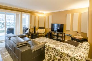 """Photo 2: 213 3082 DAYANEE SPRINGS Boulevard in Coquitlam: Westwood Plateau Condo for sale in """"LANTERNS"""" : MLS®# R2127277"""