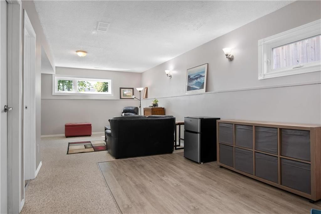 Photo 15: Photos: 57 Maitland Drive in Winnipeg: River Park South Residential for sale (2F)  : MLS®# 202116351
