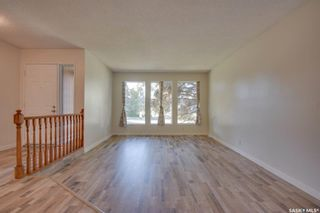 Photo 2: 823 Costigan Court in Saskatoon: Lakeview SA Residential for sale : MLS®# SK871669