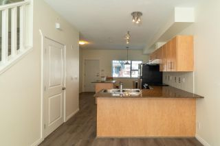 Photo 7: 22 730 FARROW Street in Coquitlam: Coquitlam West Townhouse for sale : MLS®# R2577621