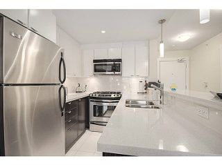 """Photo 1: 606 160 W 3RD Street in North Vancouver: Lower Lonsdale Condo for sale in """"ENVY"""" : MLS®# V1124166"""