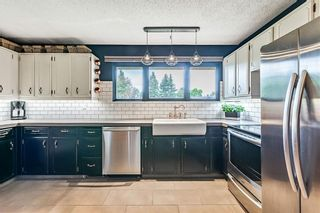 Photo 6: 184 MAPLE COURT Crescent SE in Calgary: Maple Ridge Detached for sale : MLS®# A1080744