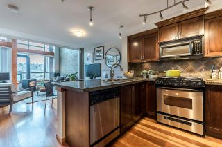 """Photo 6: 104 7 RIALTO Court in New Westminster: Quay Condo for sale in """"Murano Lofts"""" : MLS®# R2588326"""