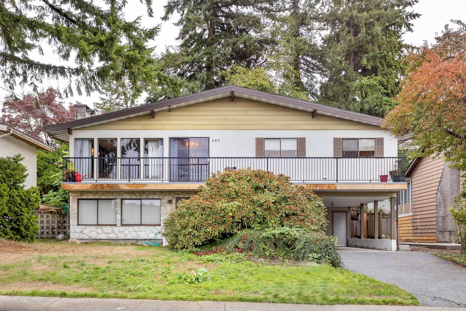 Main Photo: 685 MACINTOSH Street in Coquitlam: Central Coquitlam House for sale : MLS®# R2623113