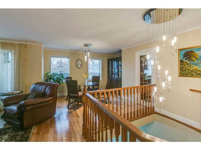 """Photo 5: Photos: 12403 188TH Street in Pitt Meadows: West Meadows House for sale in """"Highland Park Area"""" : MLS®# V1090347"""