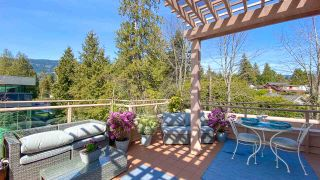 "Photo 4: 506 2271 BELLEVUE Avenue in West Vancouver: Dundarave Condo for sale in ""The Rosemont on Bellevue"" : MLS®# R2562061"