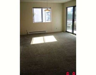 "Photo 9: 205 7139 133A Street in Surrey: West Newton Condo for sale in ""Suncreek"" : MLS®# F2723399"