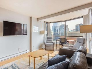 """Photo 18: 2403 1189 HOWE Street in Vancouver: Downtown VW Condo for sale in """"The Genesis"""" (Vancouver West)  : MLS®# R2592204"""