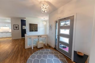 Photo 2: 15 ORCHARD Gate in Oak Bluff: RM of MacDonald Residential for sale (R08)  : MLS®# 202118459