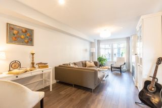 """Photo 2: 23 19448 68 Avenue in Surrey: Clayton Townhouse for sale in """"NUOVO"""" (Cloverdale)  : MLS®# R2413880"""