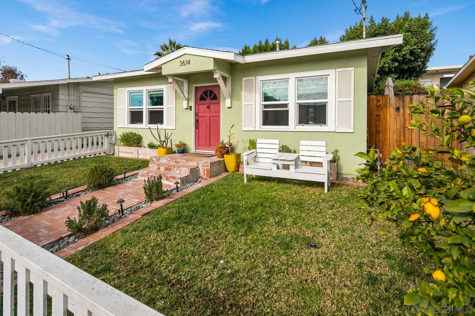 Main Photo: NORMAL HEIGHTS House for sale : 2 bedrooms : 3614 Monroe Ave in San Diego