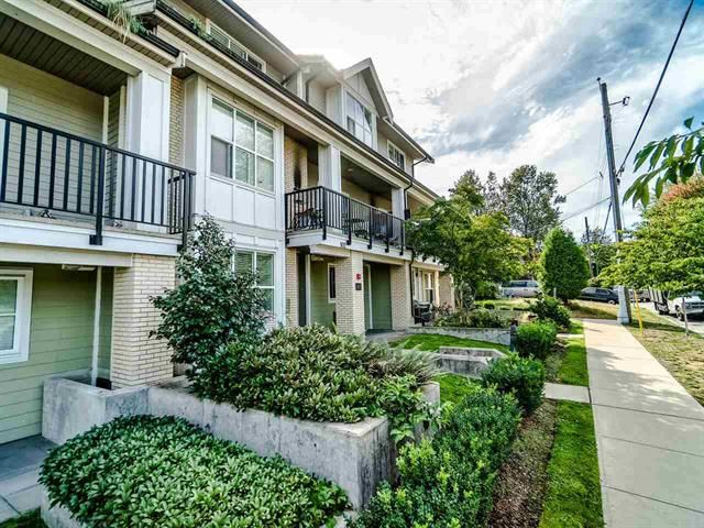 Main Photo: 102 3788 Norfolk Street in Burnaby: Condo for sale : MLS®# R2403565