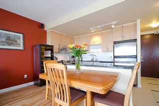 Photo 6: 1201 6823 STATION HILL Drive in Burnaby: South Slope Condo for sale (Burnaby South)  : MLS®# V961615