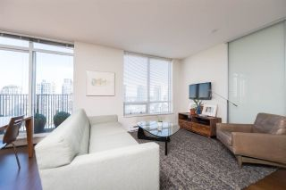 """Photo 4: 1703 1055 HOMER Street in Vancouver: Yaletown Condo for sale in """"DOMUS"""" (Vancouver West)  : MLS®# R2186785"""
