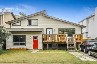Photo 1: 4536 19 Avenue NW in Calgary: Montgomery Detached for sale : MLS®# A1118171