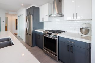 """Photo 9: 3106 128 W CORDOVA Street in Vancouver: Downtown VW Condo for sale in """"WOODWARDS W43"""" (Vancouver West)  : MLS®# R2616664"""