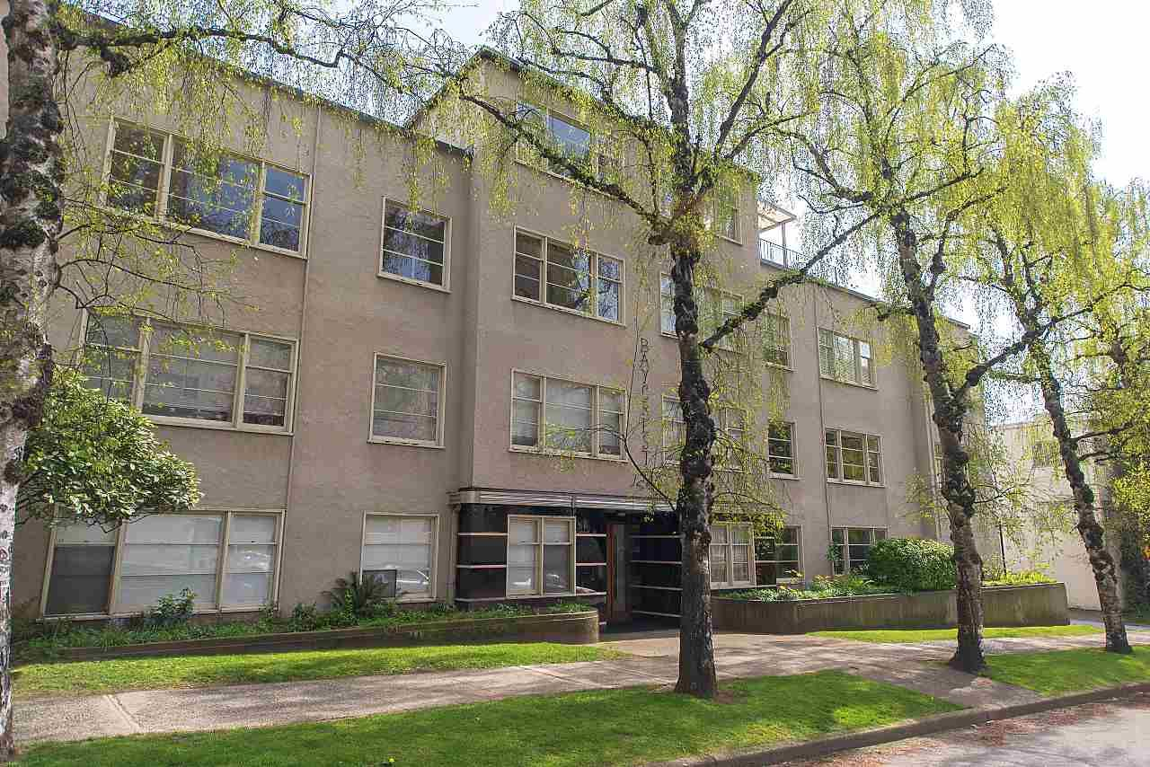 Main Photo: 304 1246 CARDERO STREET in : West End VW Condo for sale : MLS®# R2265930