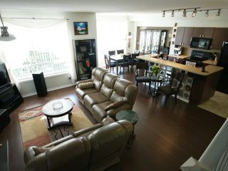 """Photo 2: 43 2200 PANORAMA Drive in Port Moody: Heritage Woods PM Townhouse for sale in """"QUEST"""" : MLS®# V909873"""