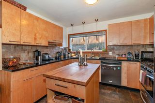 Photo 5: 4479 MARINE Drive in Burnaby: South Slope House for sale (Burnaby South)  : MLS®# R2348586