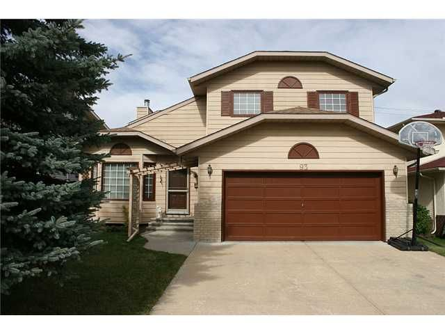 Main Photo: 93 SUNDOWN Close SE in CALGARY: Sundance Residential Detached Single Family for sale (Calgary)  : MLS®# C3494208