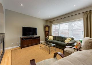 Photo 15: 2015 6 Avenue NW in Calgary: West Hillhurst Semi Detached for sale : MLS®# A1105815