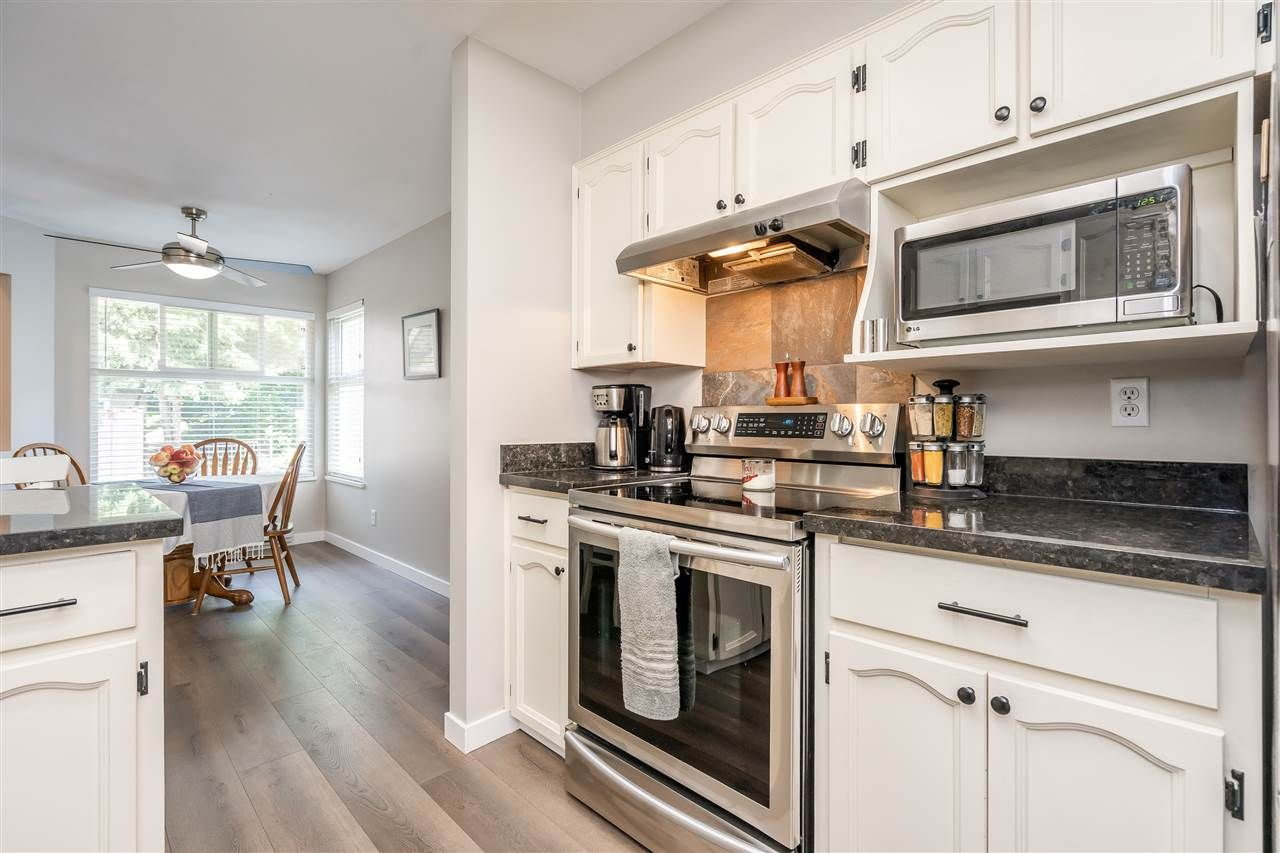 """Photo 5: Photos: 506 11726 225 Street in Maple Ridge: East Central Townhouse for sale in """"Royal Terrace"""" : MLS®# R2459104"""