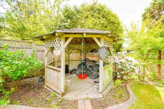 """Photo 38: 12428 63A Avenue in Surrey: Panorama Ridge House for sale in """"Boundary Park"""" : MLS®# R2577926"""
