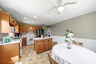 """Photo 11: 33518 KNIGHT Avenue in Mission: Mission BC House for sale in """"COLLEGE HEIGHTS"""" : MLS®# R2484128"""