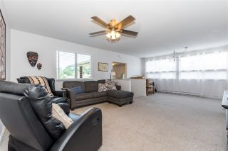 """Photo 9: 45640 NEWBY Drive in Chilliwack: Sardis West Vedder Rd House for sale in """"SARDIS"""" (Sardis)  : MLS®# R2481893"""