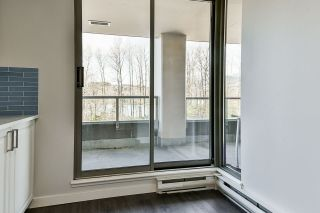 """Photo 14: 403 3070 GUILDFORD Way in Coquitlam: North Coquitlam Condo for sale in """"LAKESIDE TERRACE"""" : MLS®# R2565386"""