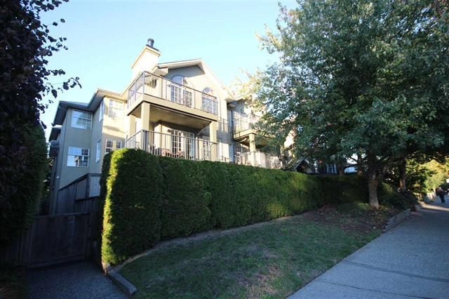 Photo 16: Photos: #203-925 W 15TH AV in VANCOUVER: Fairview VW Condo for sale (Vancouver West)  : MLS®# R2214676