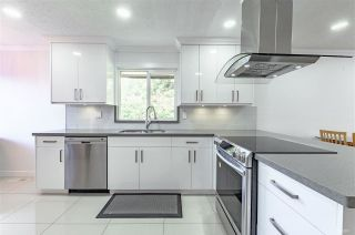Photo 3: 8991 ST. ALBANS Road in Richmond: Garden City 1/2 Duplex for sale : MLS®# R2576083