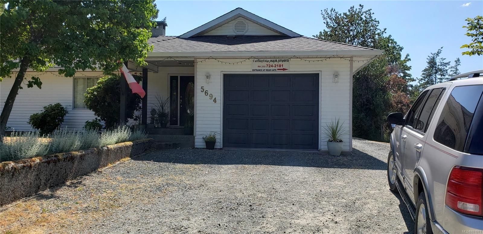 Main Photo: 5694 Beaver Creek Rd in : PA Alberni Valley House for sale (Port Alberni)  : MLS®# 881911