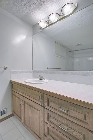 Photo 36: 1708 13 Avenue SW in Calgary: Sunalta Detached for sale : MLS®# A1100494