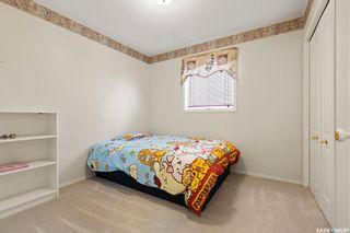 Photo 10: 422 Budz Crescent in Saskatoon: Arbor Creek Residential for sale : MLS®# SK809039