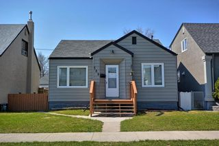 Photo 1: 580 Polson Avenue in Winnipeg: Residential for sale (4C)  : MLS®# 202010745
