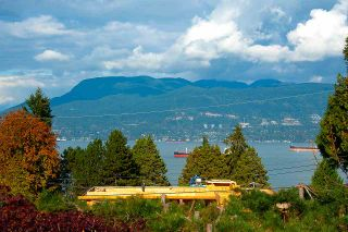 Photo 10: 4818 FANNIN Avenue in Vancouver: Point Grey House for sale (Vancouver West)  : MLS®# R2517620