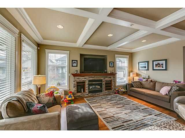 """Photo 4: Photos: 11220 BLANEY Crescent in Pitt Meadows: South Meadows House for sale in """"Bonson Landing"""" : MLS®# V1091417"""