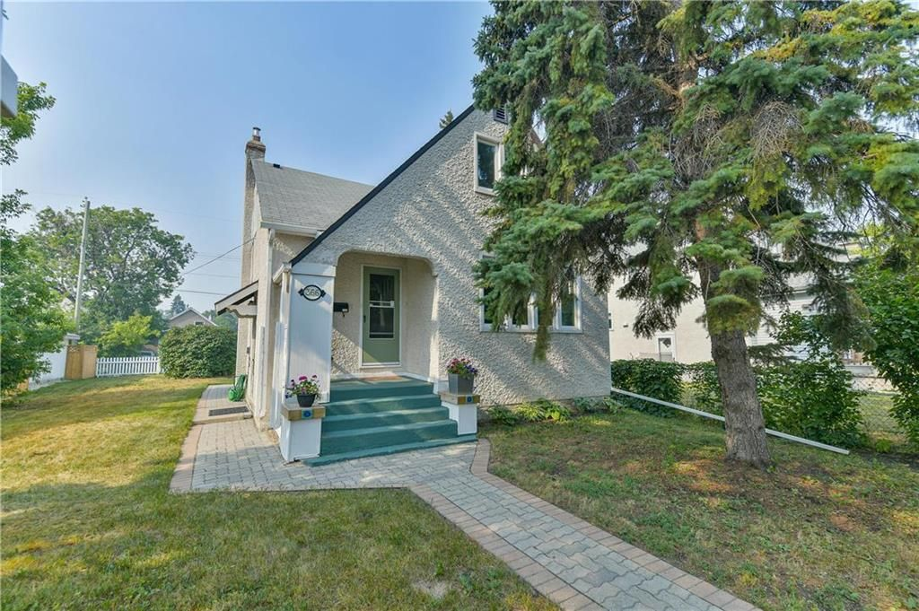 Absolutely adorable, nicely updated by this 10+ years owner graded character home in tip-top shape. See the interlocking brick walkway welcomes you home.
