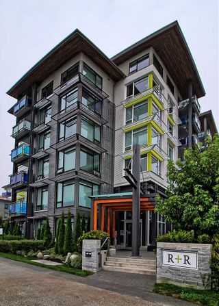 """Photo 12: 110 3289 RIVERWALK Avenue in Vancouver: South Marine Condo for sale in """"R+R"""" (Vancouver East)  : MLS®# R2499453"""