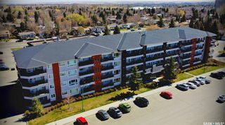 Photo 2: 108 102 Kingsmere Place in Saskatoon: Lakeview SA Residential for sale : MLS®# SK852742