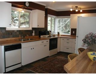 Photo 4: 113 HEAD RD in Gibsons: Condo for sale : MLS®# V755856