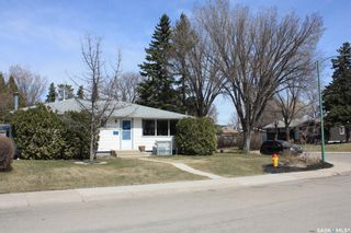 Photo 3: 11 HARDY Crescent in Saskatoon: Greystone Heights Residential for sale : MLS®# SK851658