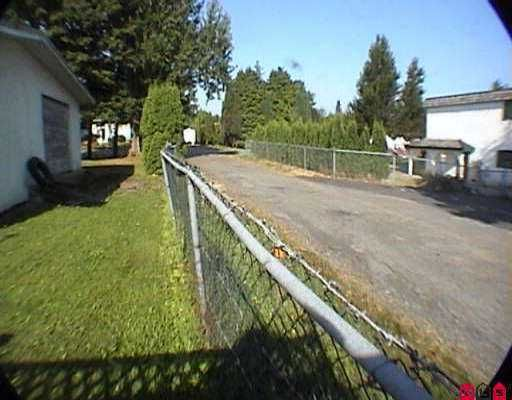 "Photo 7: Photos: 2956 - 2958 268A ST in Langley: Aldergrove Langley Fourplex for sale in ""Aldergrove"" : MLS®# F2518682"