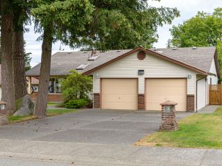 Photo 10: 588 Haida St in COMOX: CV Comox (Town of) House for sale (Comox Valley)  : MLS®# 844049