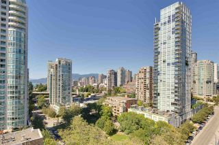 """Photo 11: 1602 1500 HOWE Street in Vancouver: Yaletown Condo for sale in """"THE DISCOVERY"""" (Vancouver West)  : MLS®# R2101112"""