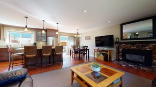 Photo 11: 38244 JUNIPER Crescent in Squamish: Valleycliffe House for sale : MLS®# R2616219