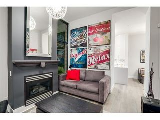 Photo 1: 101 2228 MARSTRAND Ave in Vancouver West: Home for sale : MLS®# V1085238