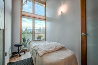 """Photo 8: 303 1529 W 6TH Avenue in Vancouver: False Creek Condo for sale in """"SOUTH GRANVILLE LOFTS"""" (Vancouver West)  : MLS®# R2349958"""